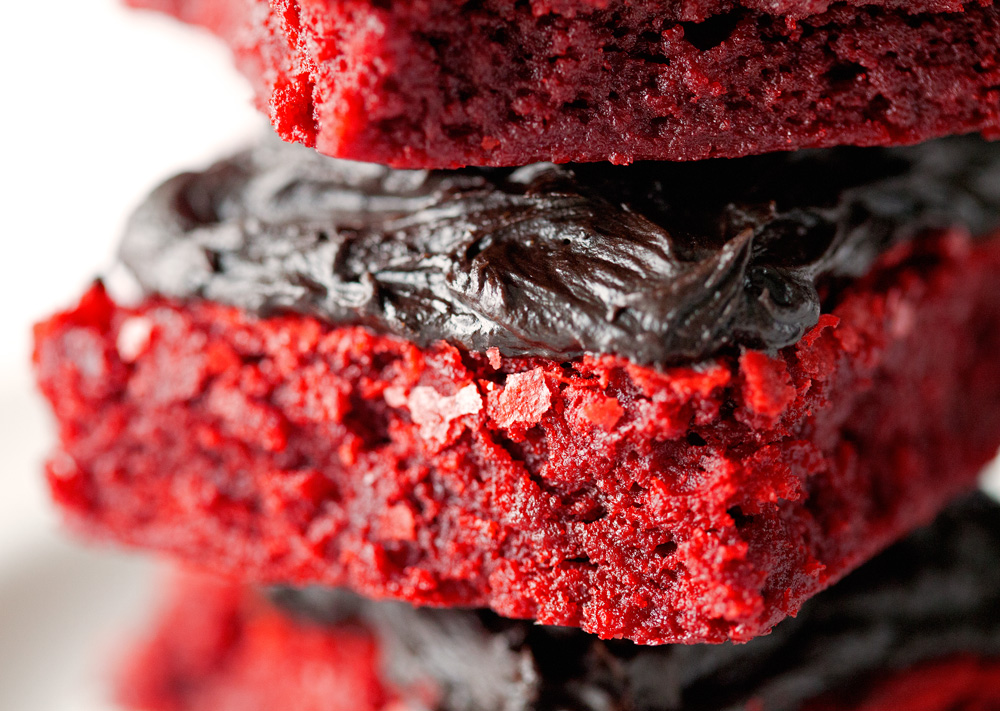Red Velvet Brownies with Chocolate Lovers' Frosting by deliciouslyyum.com
