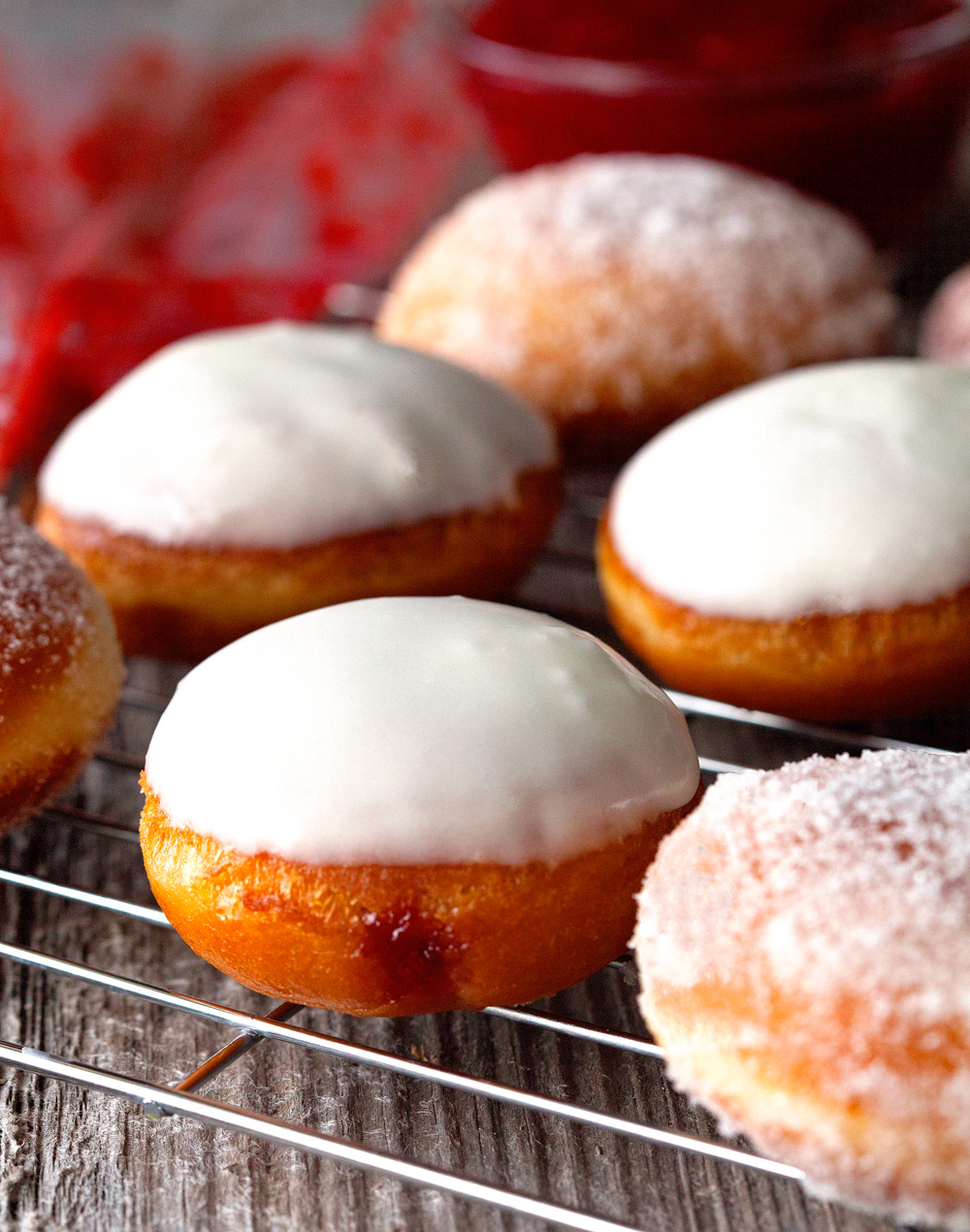 Homemade Jelly Doughnuts by Deliciously Yum!