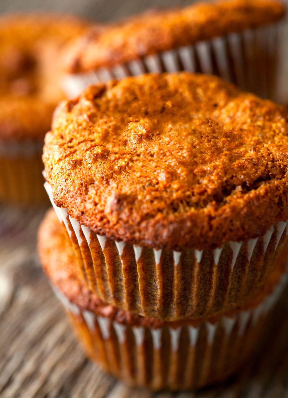 banana-bread-muffins