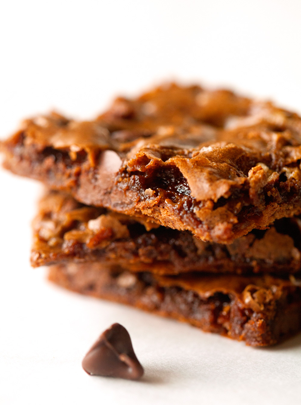 toffee-chocolate-chip-brownie-bark