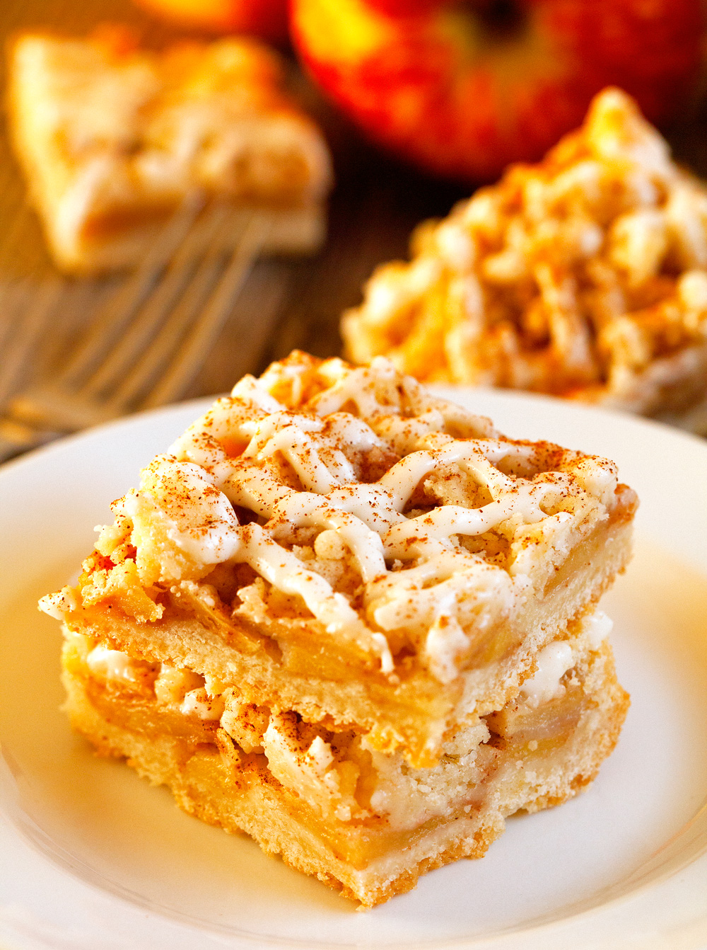 tastes-like-apple-pie-bars