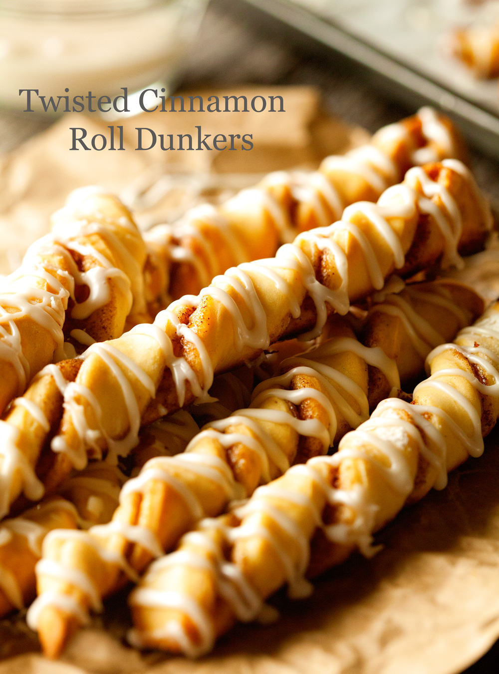 twisted-cinnamon-roll-dunkers