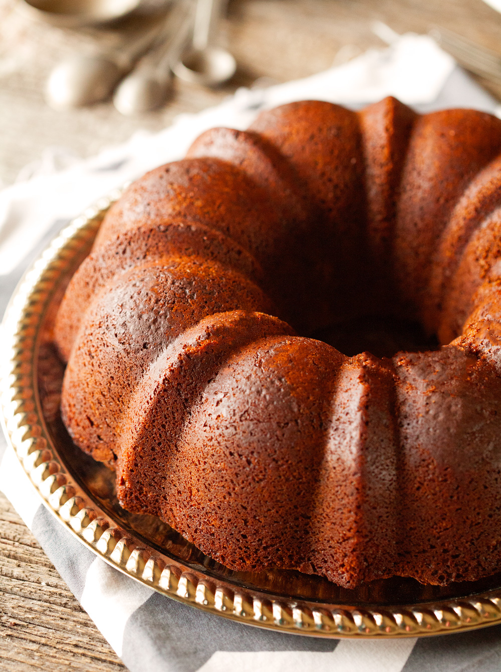 ultimate-chocolate-bundt-cake