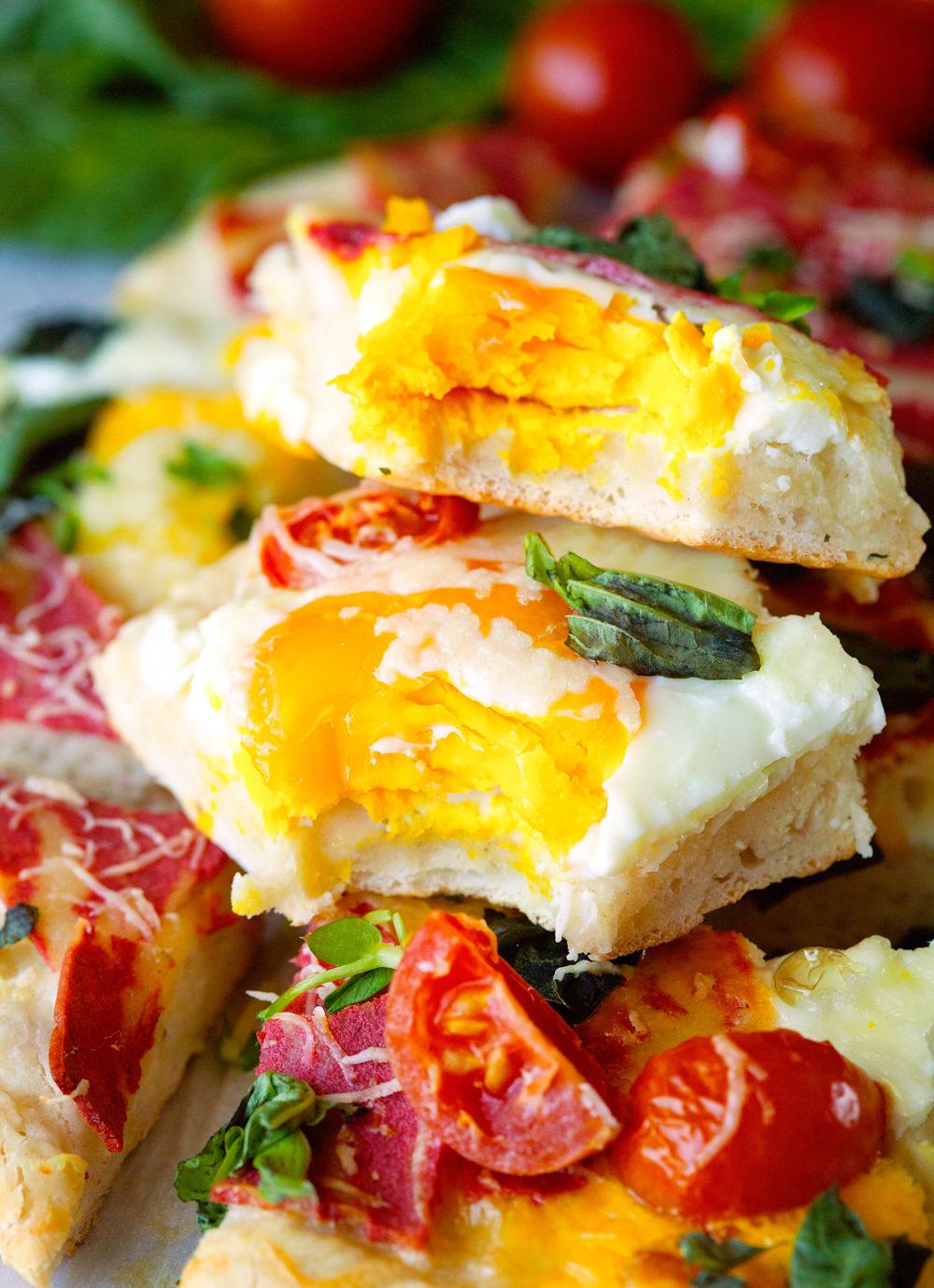 Bacon Egg and Veggie Breakfast Pizza