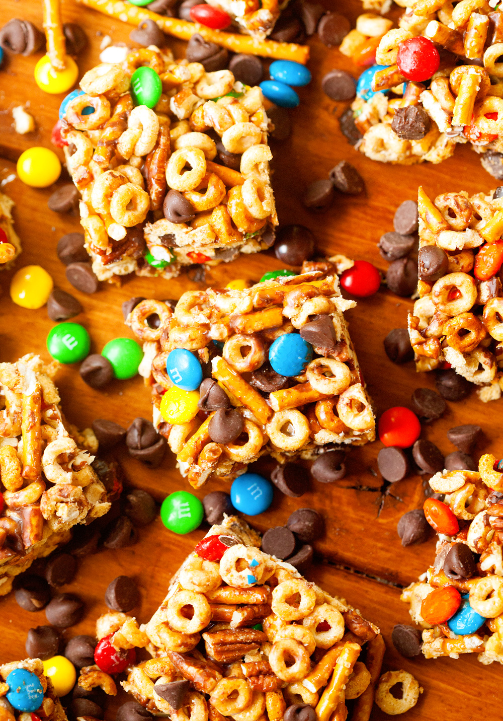 No-Bake Sweet and Salty Cereal Bars