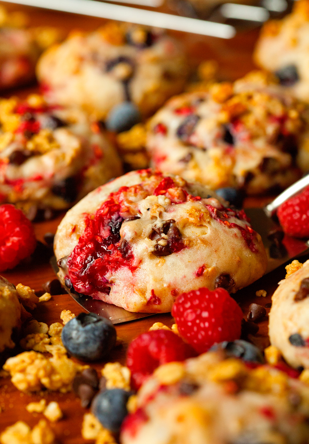 Very Berry Smoothie Breakfast Cookies